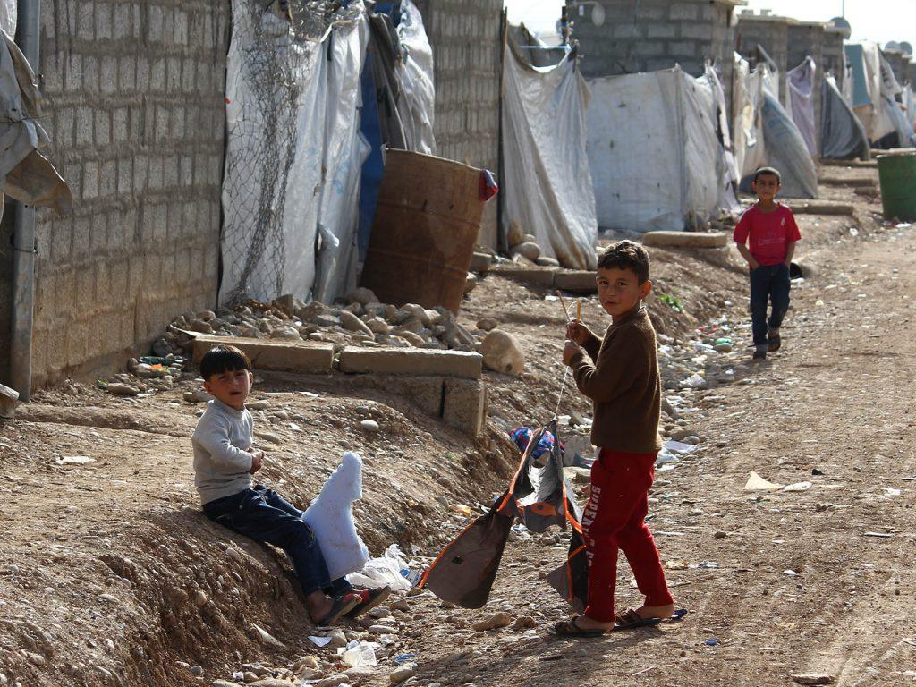 irak_boern_paa_flugt_flygtningelejr_irakisk_kurdistan