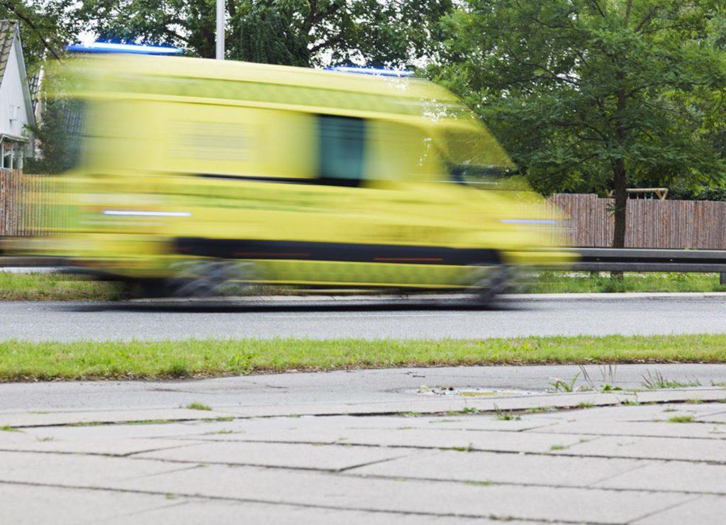 Ambulance_1800x1300