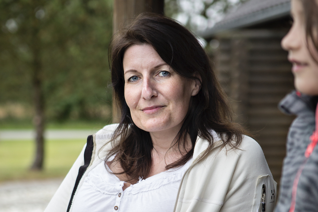 Dansk Folkehjælp Ho Feriecenter 2020. Nadia, 42 år og mor til Clara.